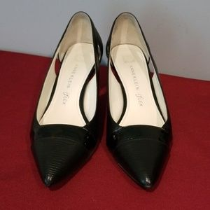 "Annie Klein Black Pumps with iflex -2"" heels"